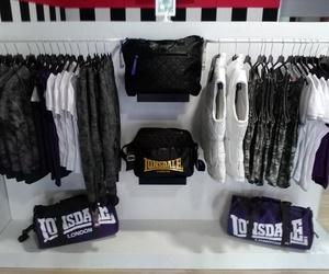 Tienda multimarca de ropa deportiva en Sevilla