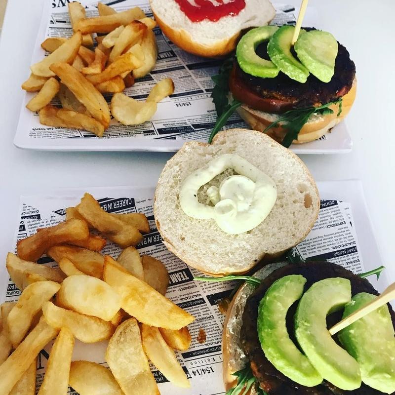 Opciones veganas:  de El Antojao Burguer