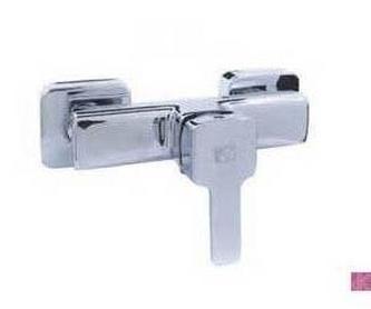 Mamparas de baño: Productos y servicios de Construcciones y Reformas La Villa