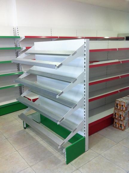 Estanterías metálicas Supermercado SuperSano de Altea