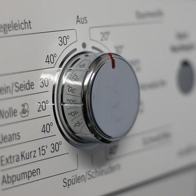 ¿Qué es mejor, lavar en casa o en una lavandería?
