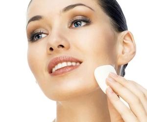 Centro de estética especializado en tratamientos faciales en Oviedo