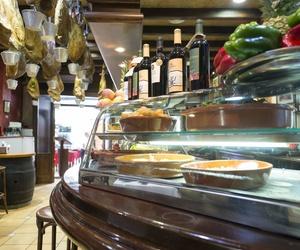 Galería de Cocina mediterránea elaborada con ingredientes siempre frescos en Alicante | La Casona Alicantina