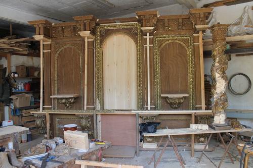 Elementos del retablo para restaurar