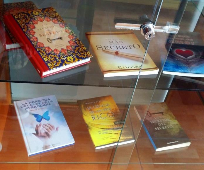 Libros y cartas del tarot: Productos y servicios   de El Buda de la Fortuna