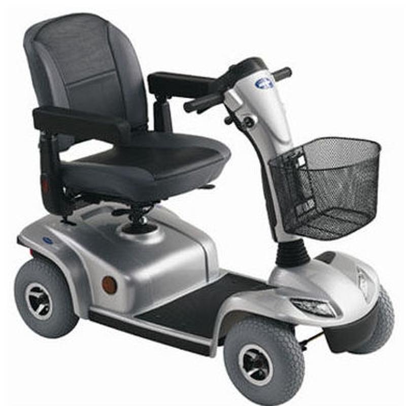 Scooter grande: Productos y servicios de Amigo 24 Salou Cambrils