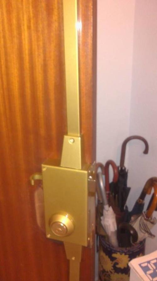 Instalación de cerraduras de seguridad en Sevilla