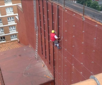 Cubiertas y tejados: Servicios de Asturiana de Trabajos en Altura