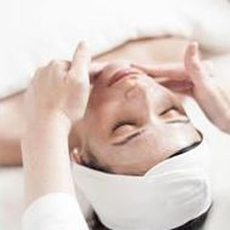 Limpieza Facial Basica : Servicios de Divinity Body Nails