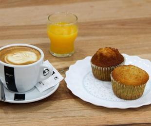 Entrantes, desayunos, panes y leches