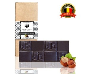 Tableta de chocolate negro 70% con avellanas