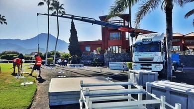 Trabajos con camión grúa para Tenerife Open, torneo del Circuito European Tour celebrado en Golf Costa Adeje.