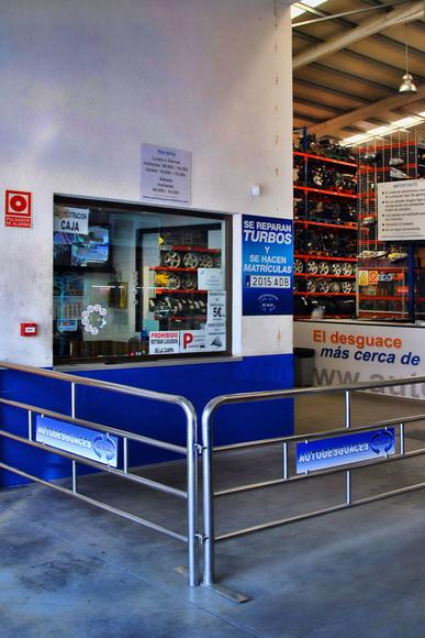 AUTODESGUACES DE BLAS