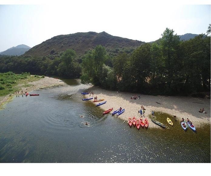 Descenso del Sella en canoa: Servicios de Astur Aventura