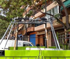 Montaje de puertas enrollables sobre premarco sin obras en Valencia/Farem Puertas Automáticas