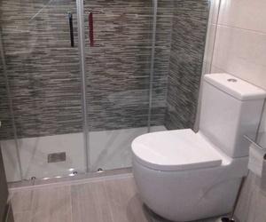 Cambio de bañera por ducha Madrid. Reformas express