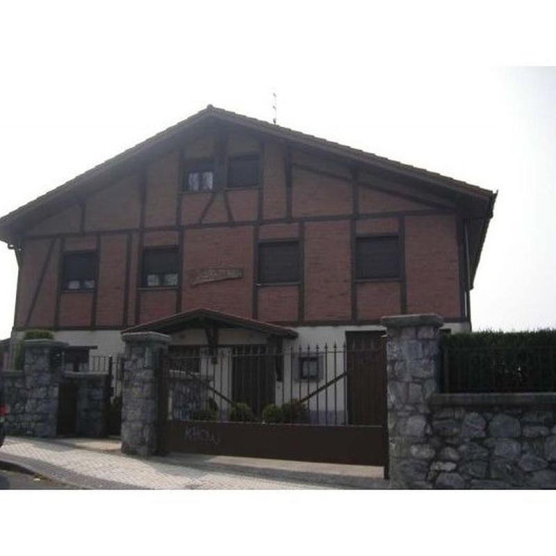 Vivienda unifamiliar en Polloe: TRABAJOS REALIZADOS de Construcciones y Promociones Grobas Agudo, S.L.