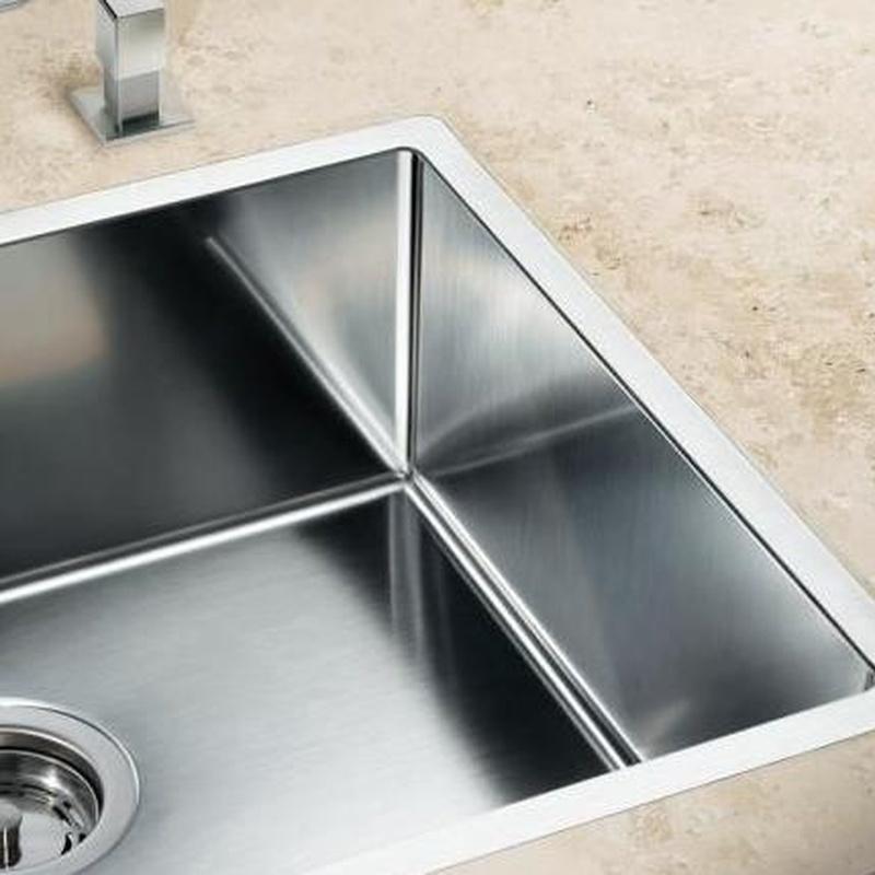 Fregaderos Blanco de acero inoxidable modelo Blanco Claron 400-F