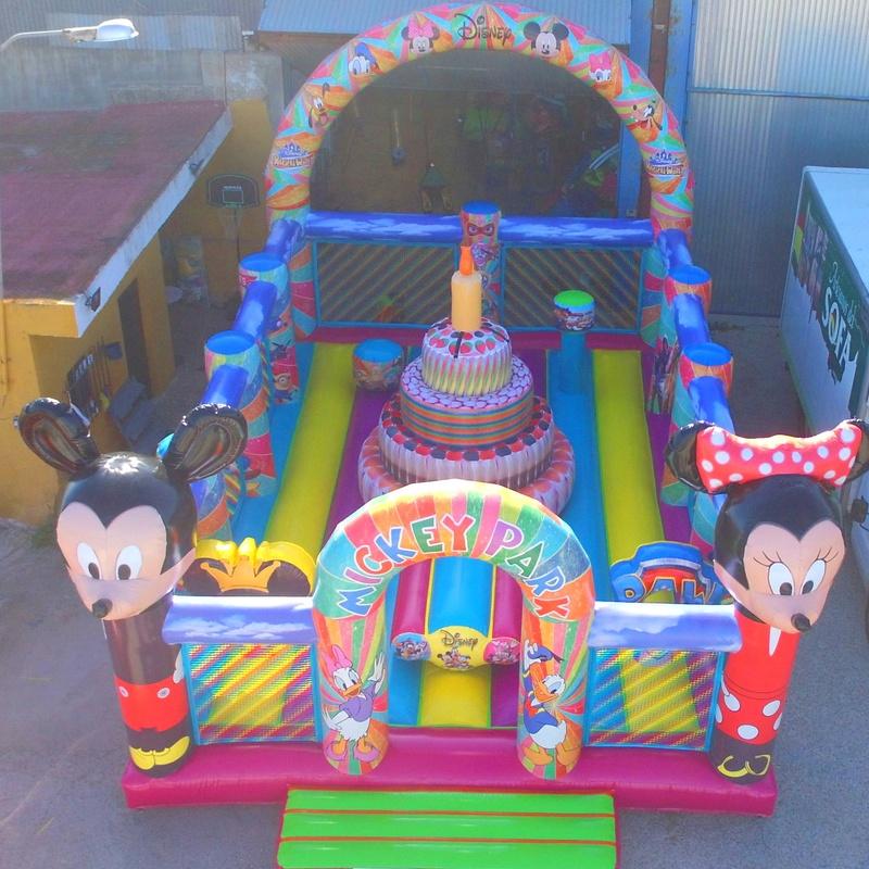 Plataforma multiobstaculos disney Mickey Minnie: Catálogo de Hinchables Happy Jump