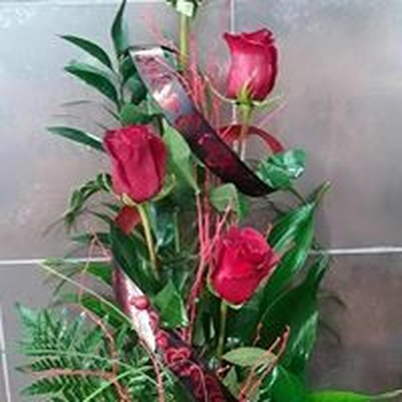 Ramos de flores: TIENDA ONLINE Y CATÁLOGO de Floristería y Regalos Caprichos Parla