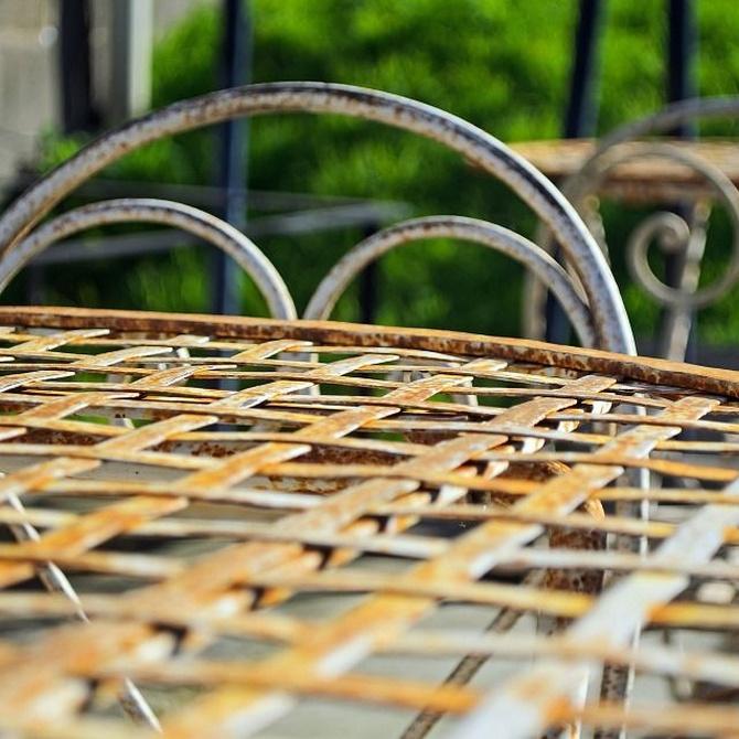 Razones por las que merece la pena restaurar muebles antiguos