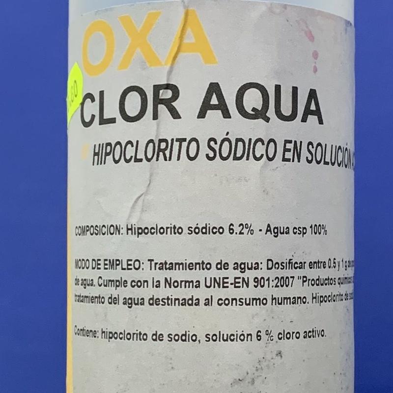 Oxa clor aqua 1 litro: SERVICIOS  Y PRODUCTOS de Neteges Louzado, S.L.