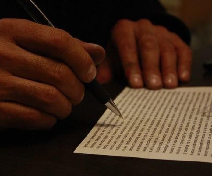 Escrituras: Servicios de Gestoría Molina