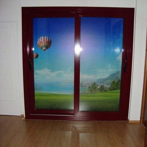 Puertas de aluminio y PVC en Deltebre