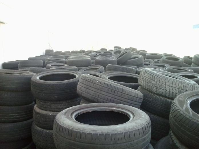 Neumáticos para exportación Conema 2000 Fuenlabrada