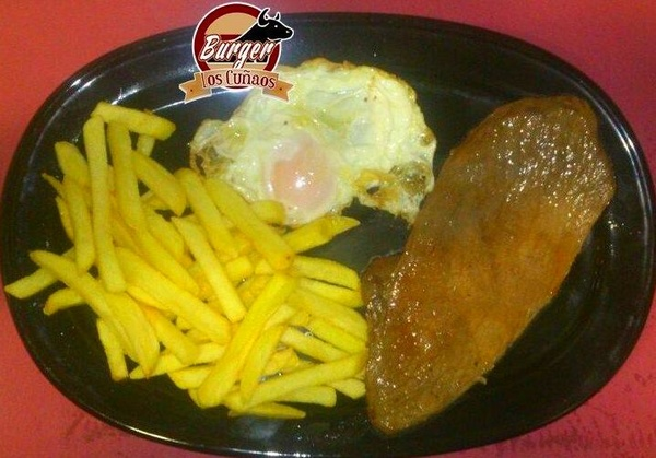 1 huevo, pepito de ternera y patatas por 6€