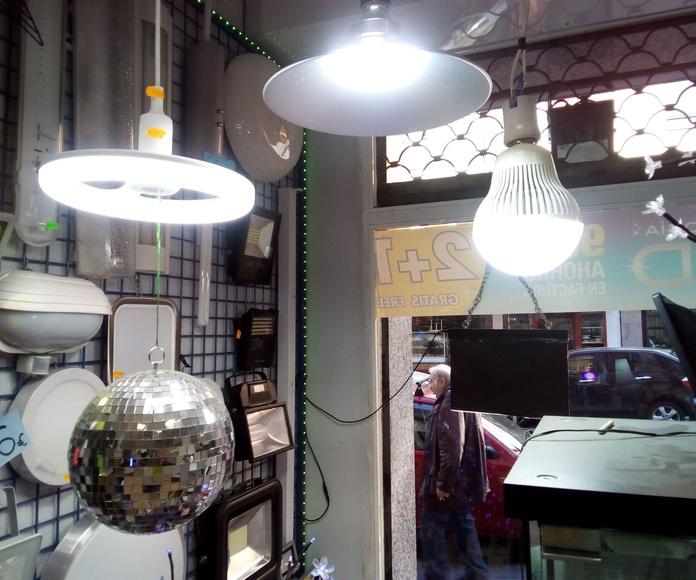 LAMPARAS LED, TUBOS LED, PROYECTORES DE LED.: Catálogo de Instalaciones Méndez, S.L.