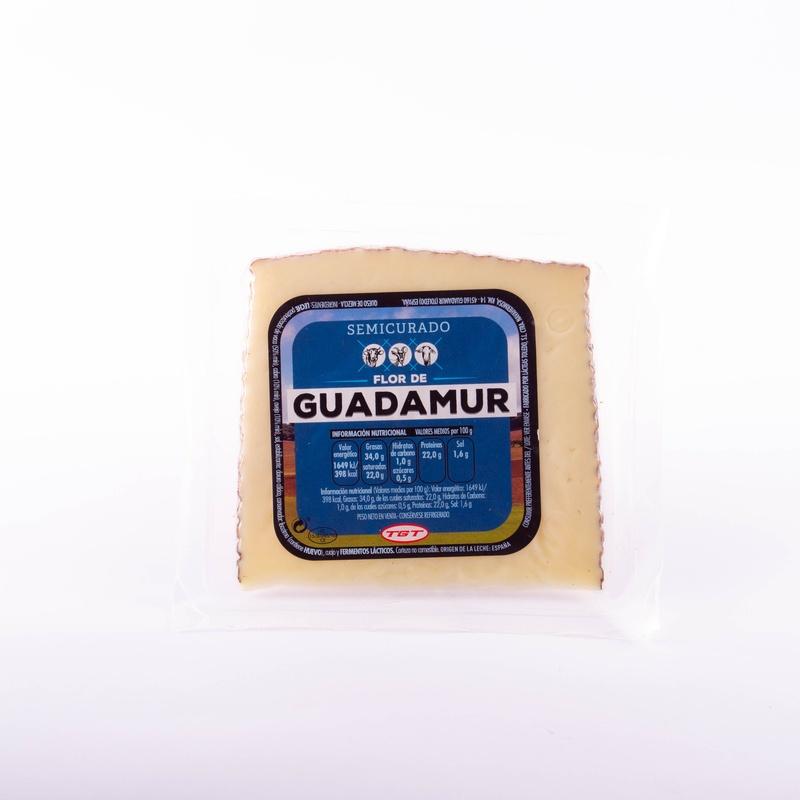 Paquete queso Guadamur 1/8 semi : Productos y servicios de Ramaders Agrupats