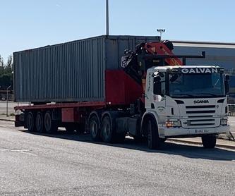 Tráiler con grúa 30 tn tracción 4x4 y Fli Jib: Servicios de Transportes y Grúas Galván - Alquileres Galván