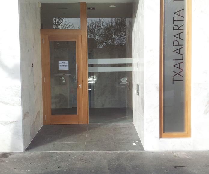 PORTALES: Carpintería y ebanistería de Carpintería Marsam  Jundiz