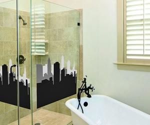 Ventajas de instalar una mampara en tu cuarto de baño