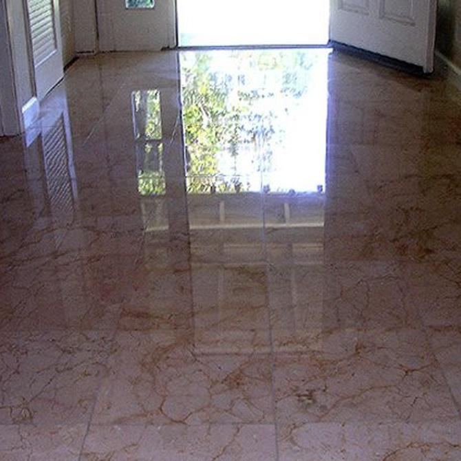 El abrillantado de suelos de mármol