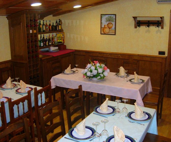 SALÓN 3 : COMEDOR DESPEDIDAS: MENÚS de Restaurante Terraza La Parrilla de Valdemoro