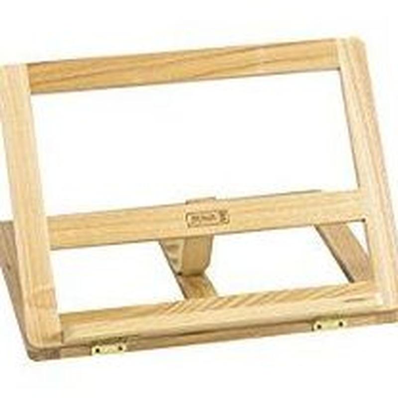 Atril madera plegable 32x25cm. 8435126449587.  8,75 €