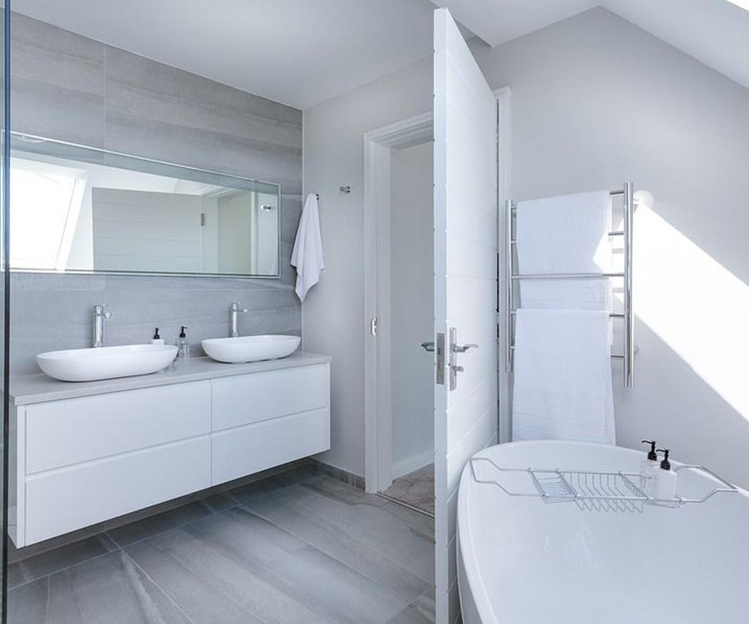 La importancia de la limpieza en los baños