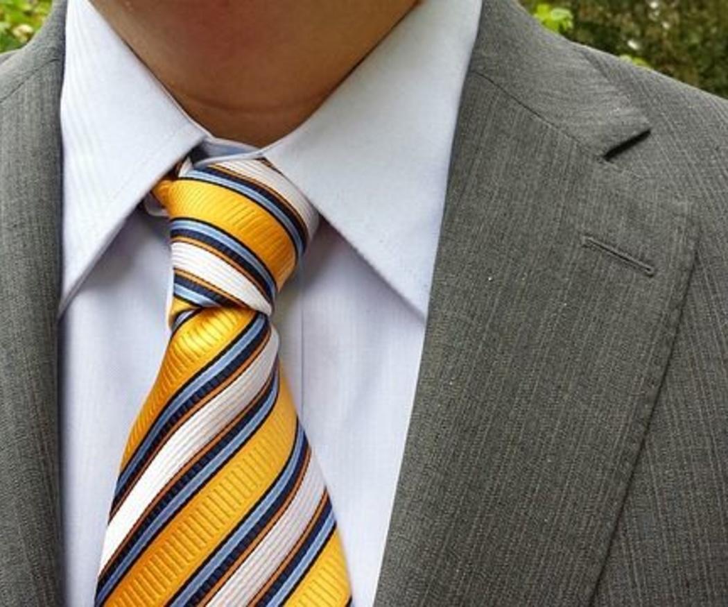 ¿Qué nudo de corbata hacer para una boda?
