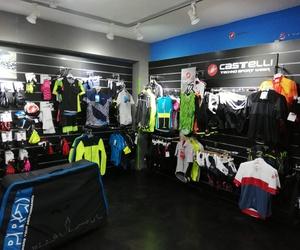 Taller de reparación y tienda de bicicletas