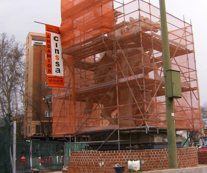 Instalación de andamio en monumentos históricos para restauracion
