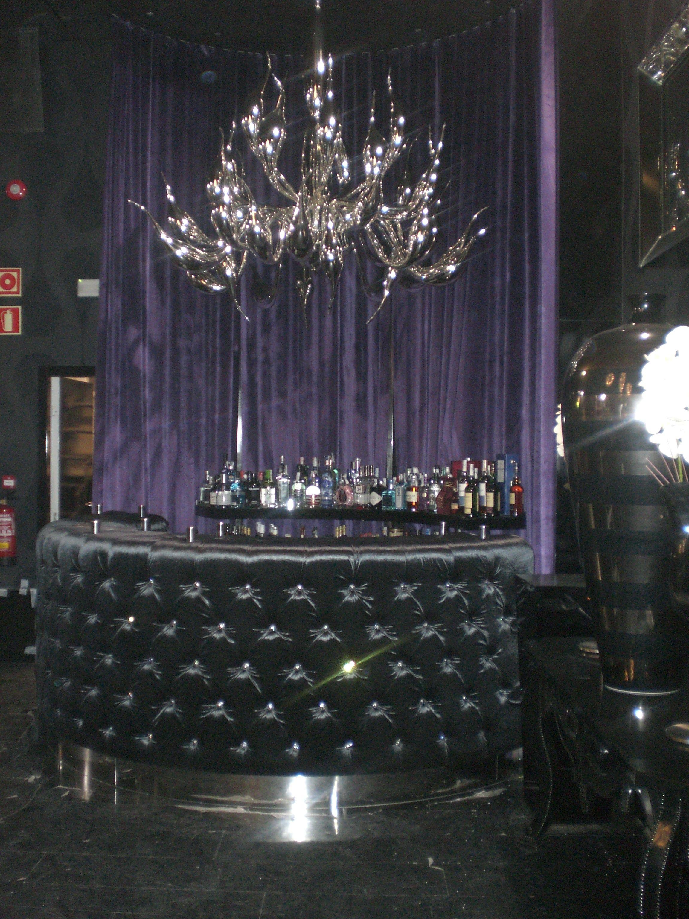 Barra de bar para discoteca: Productos y servicios de Marina y Javier - Tapicería y Cortinas Vigo