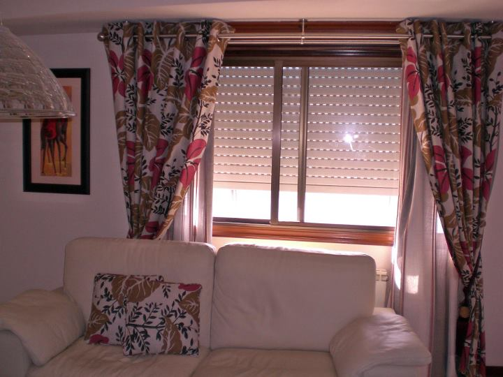 cortinas a medida vigo: Productos y servicios de Marina y Javier - Tapicería y Cortinas Vigo