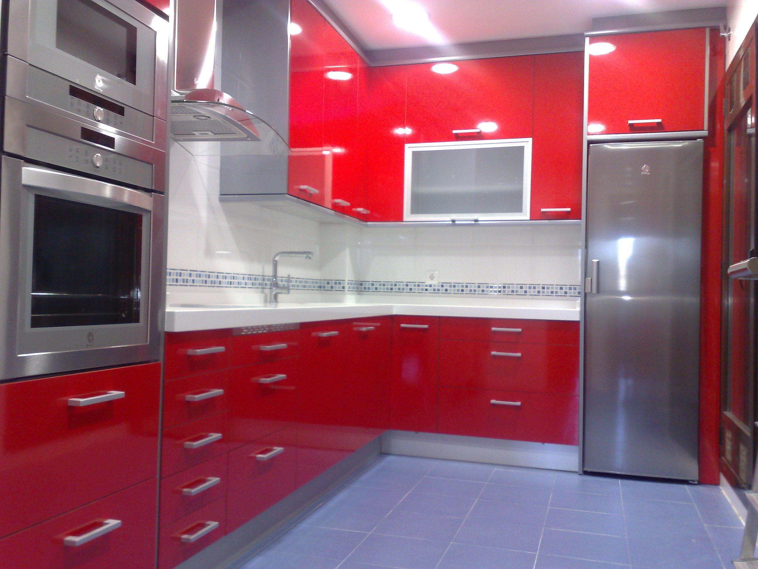 Liquidacion muebles de cocina electrodomesticos 1900 for Cocinas completas con electrodomesticos