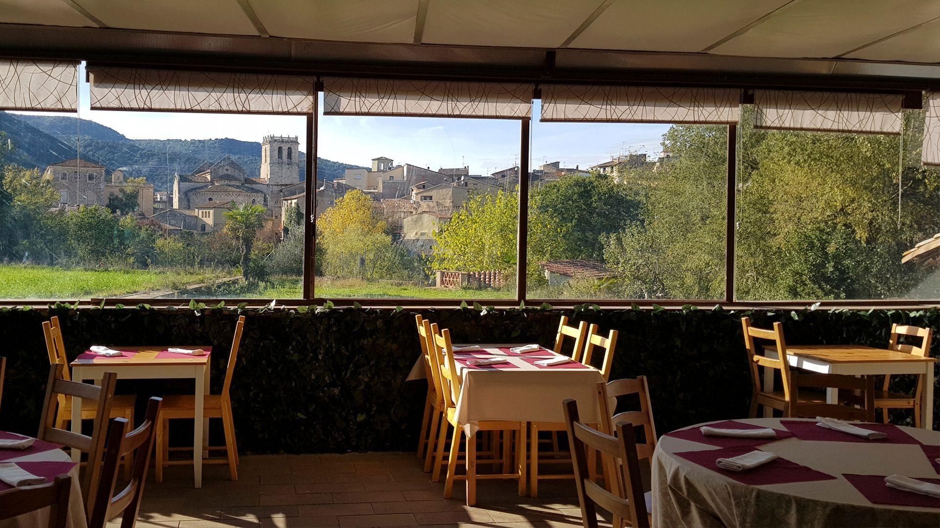 Restaurante de carnes a la brasa en Besalú