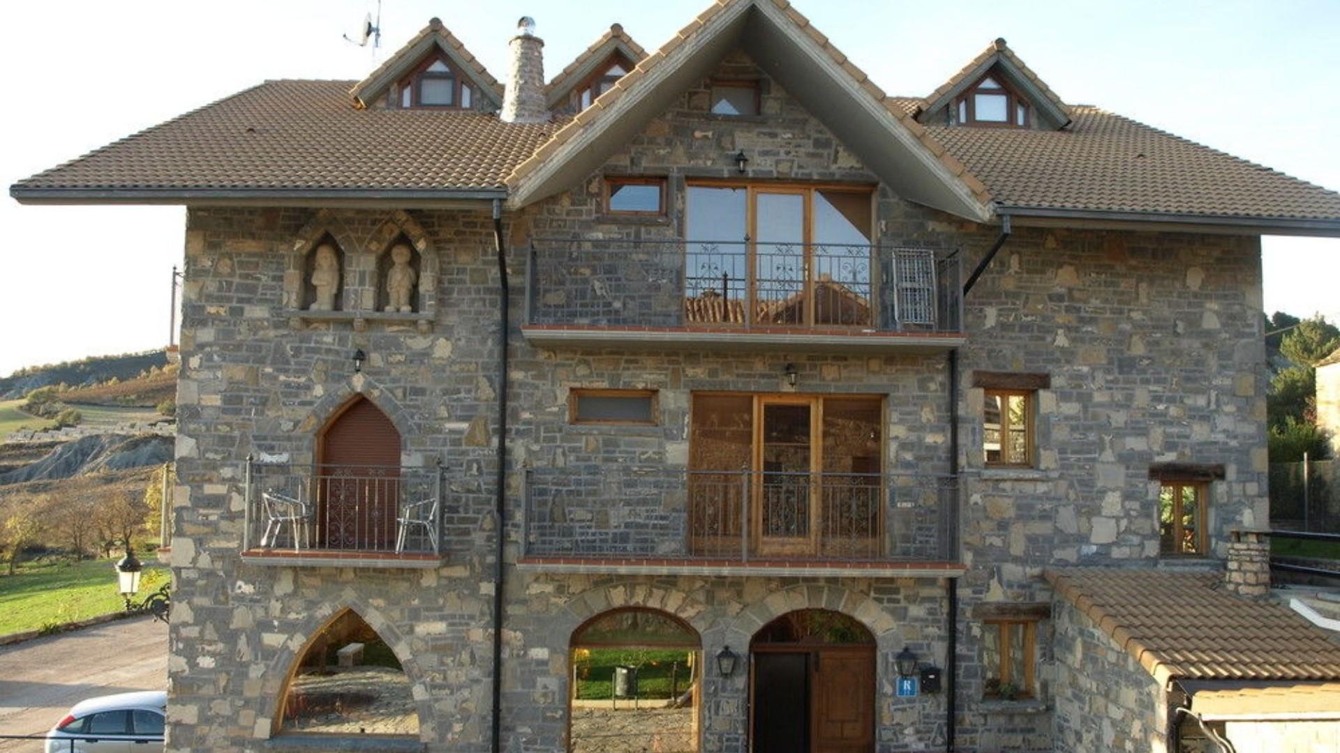 Casa rural para grupos en el pirineo aragonés