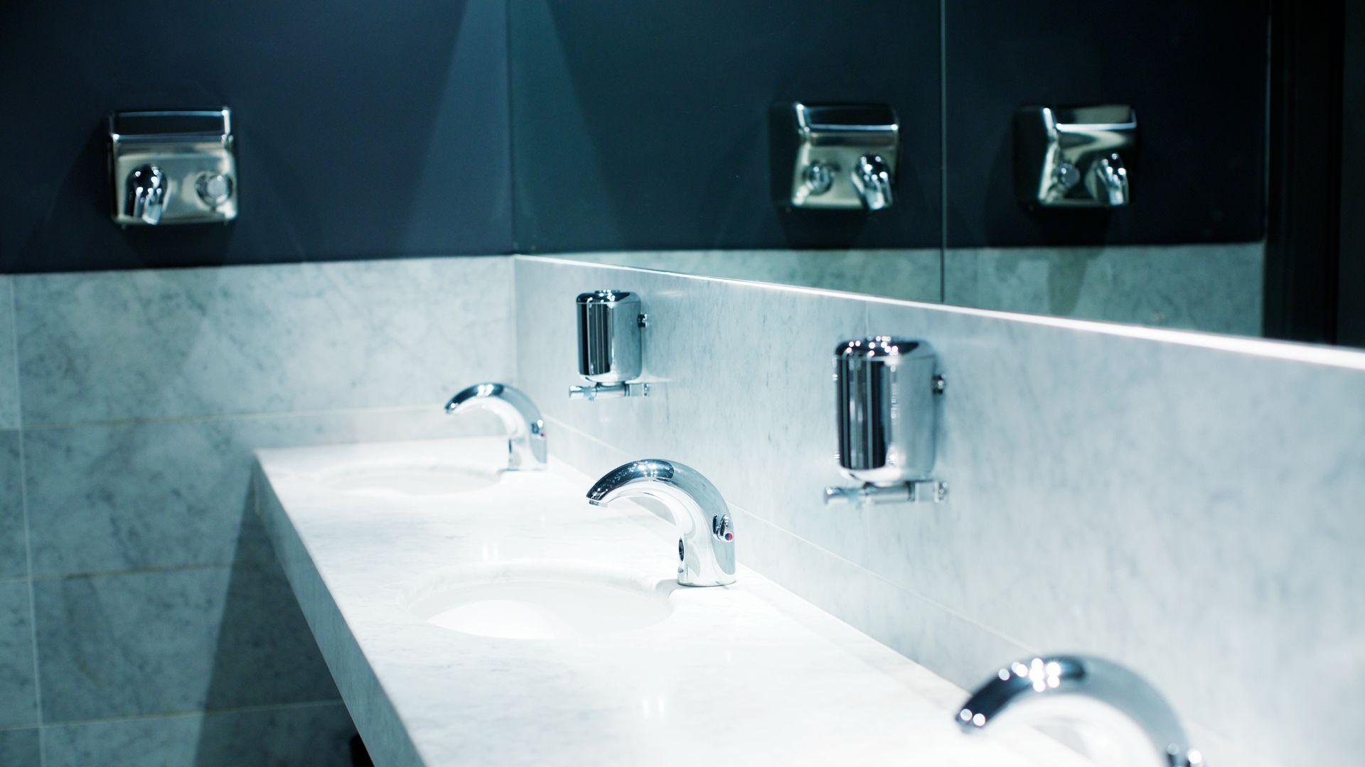 Encimeras de baño de mármol y granito en Guadalajara