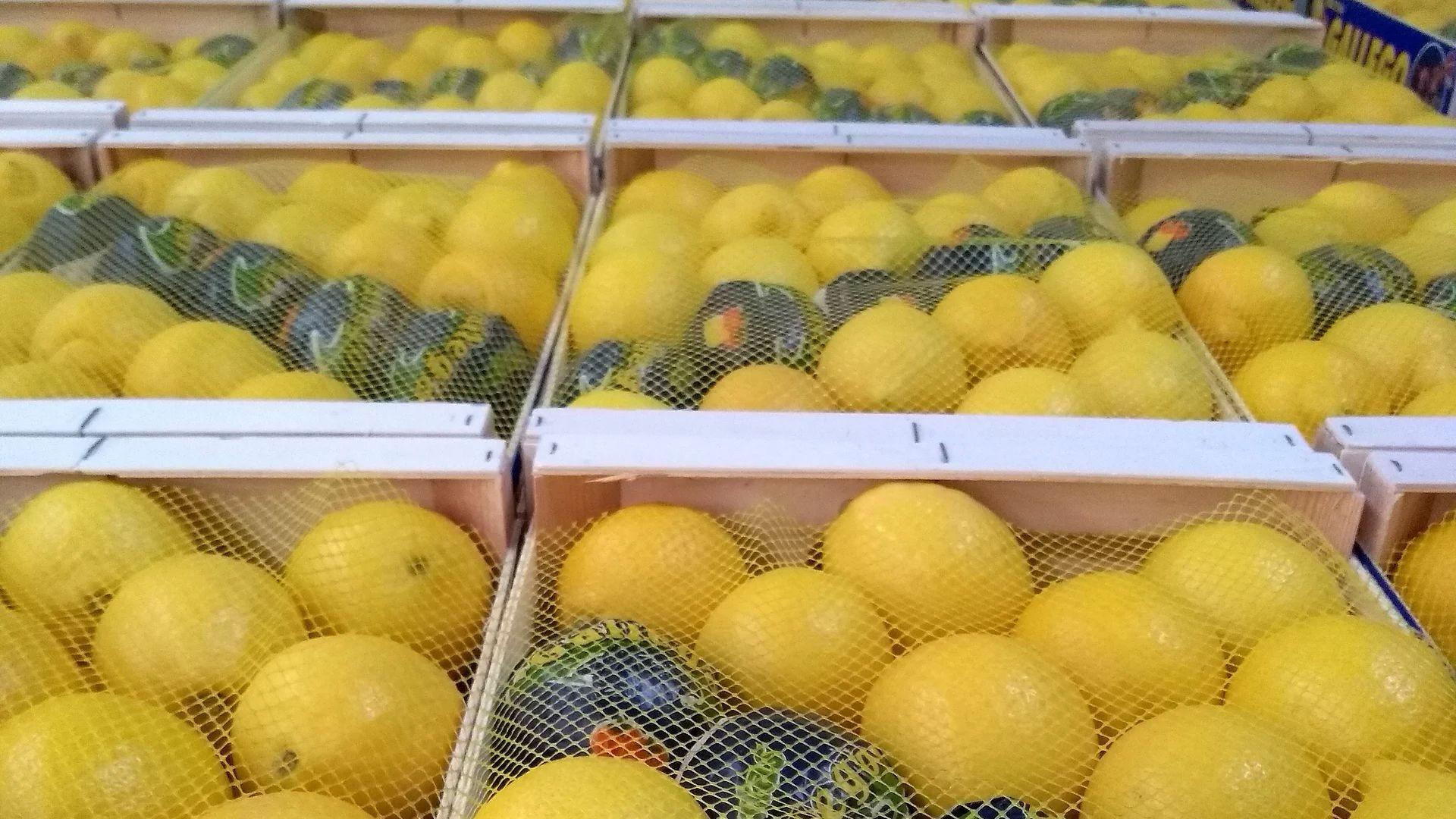 Distribución de limones en Murcia