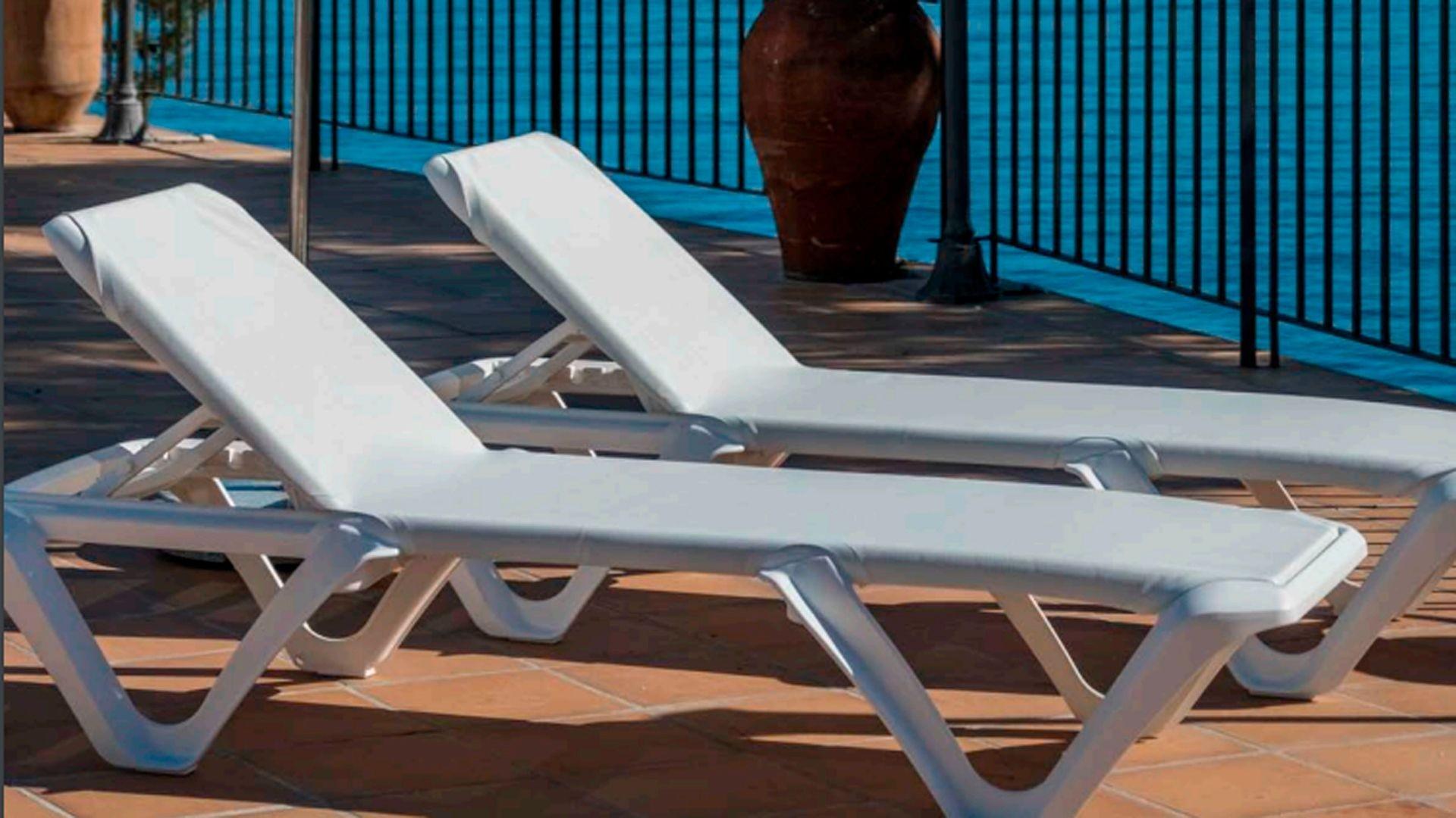 Muebles para piscina en Málaga
